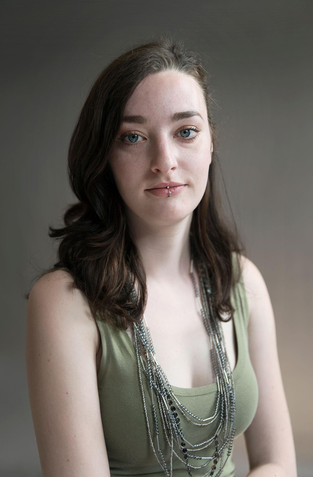 Faces Model Laura