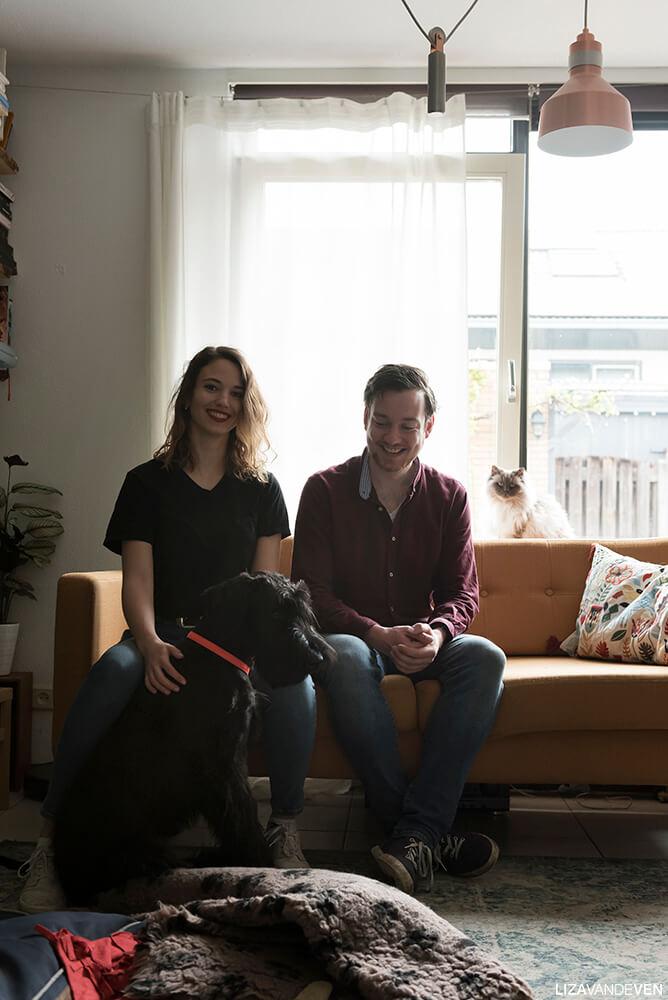 Gaelle, Mark, familie portret met hond en kat.
