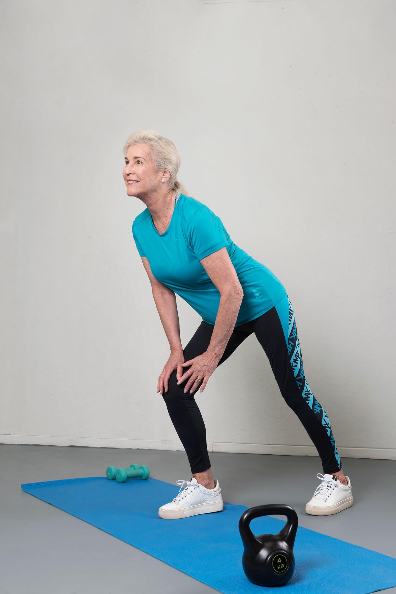 Anne blauwe sportoutfit full body