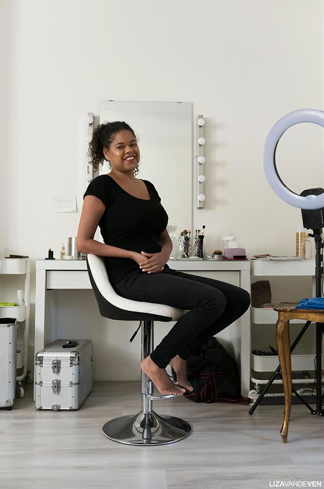 Maite Veronica Kerster op haar make up stoel