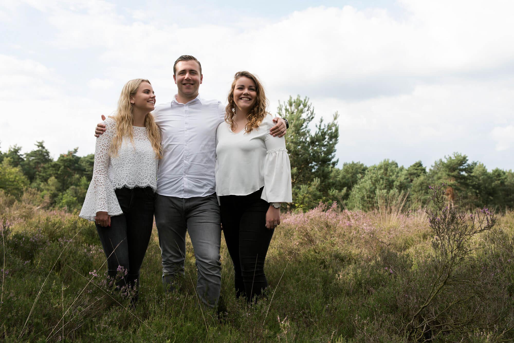 Familie shoot broer en zussen natuur